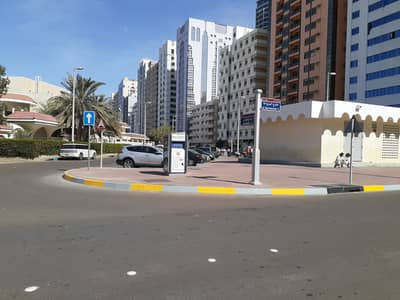 3 Bedroom Apartment for Rent in Al Wahdah, Abu Dhabi - Large apartment, 3 bedrooms, hall, near to Al Wahda Mall, super deluxe finishing