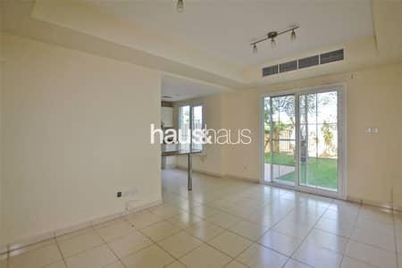 فیلا 2 غرفة نوم للايجار في الينابيع، دبي - Type 4M   Road View   Available 15th Feb