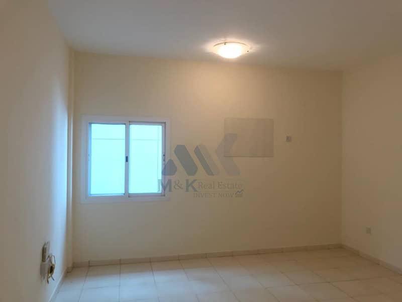 شقة في محيصنة 4 محيصنة 1 غرف 32000 درهم - 4492193
