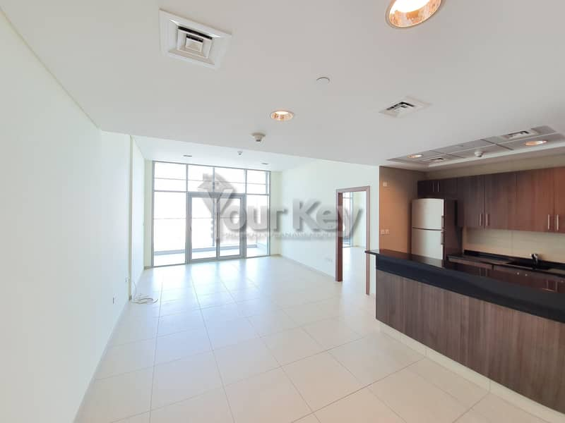 2 Awesome and Bright 1BHK with Balcony