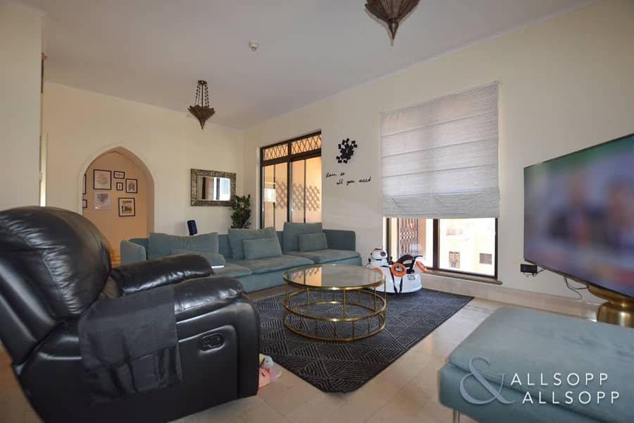 2 Kamoon | 3 Bedroom And Maids | Blvd View