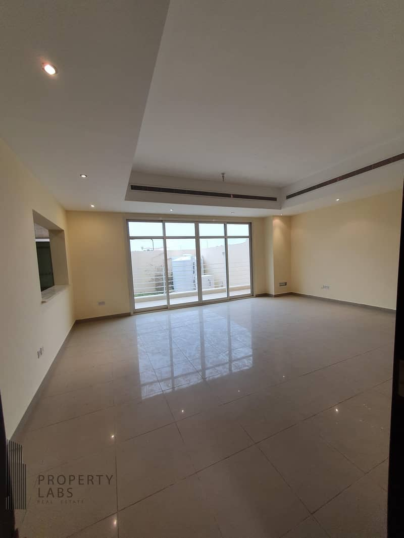 2 Spacious 1 Bedroom Apartment with private garden!