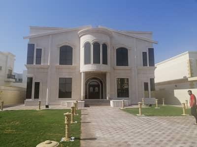 فیلا 5 غرف نوم للايجار في الخوانیج، دبي - للايجار فيلا فخمه بالخوانيج طابقين (5غرف نوم ماستر +مجلس +صالة +مطبخ مجهز +غرفة خادمة)