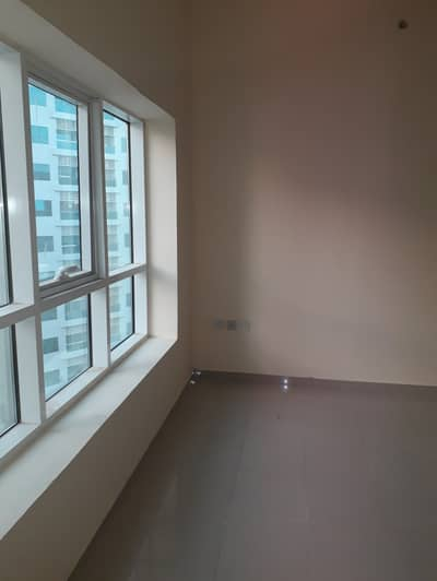 2 Bedroom Apartment for Rent in Ajman Downtown, Ajman - Sea View 2Bhk in Pearl Tower Close kitchen