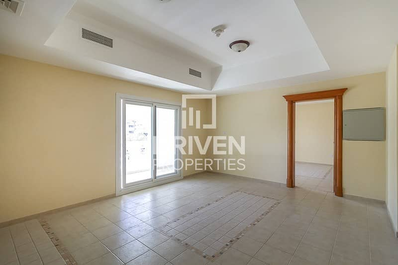2 Amazing and Well-maintained Unit for Rent