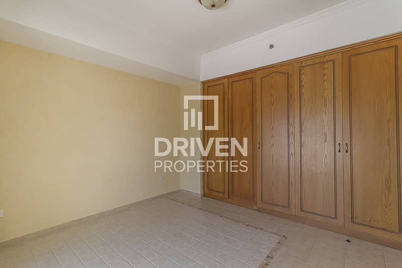 14 Amazing and Well-maintained Unit for Rent
