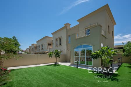 2 Bedroom Villa for Sale in The Springs, Dubai - Exclusive |Upgraded |Near to the New Souk