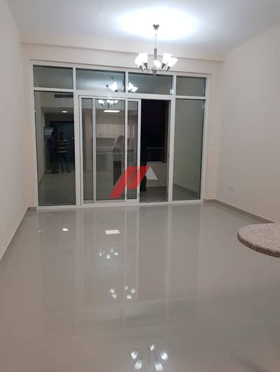 LAVISH ONE MONTH FREE 2BHK WITH CLOSE KITCHEN BALCONY  PARKING JUST IN 47K