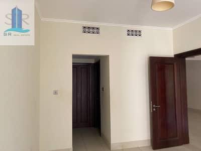 1 Bedroom Flat for Rent in Old Town, Dubai - Lower Floor One Bedroom With Balcony  Garden View Below The Market Price