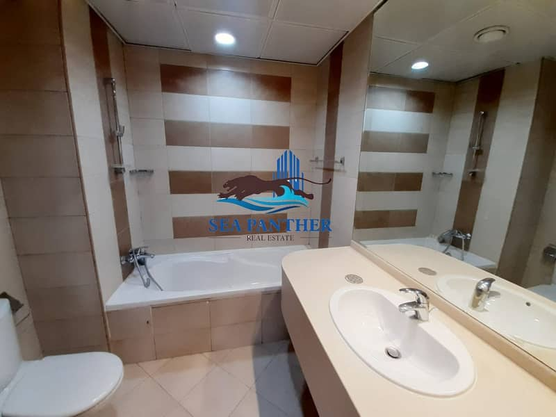 2 2 BHK in BLUE TOWER | SHEIKH ZAYED ROAD