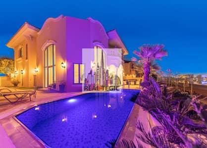 فیلا 4 غرف نوم للايجار في نخلة جميرا، دبي - EXQUISITELY FURNISHED VILLA | 4 BR + MAID | FULLY RENOVATED