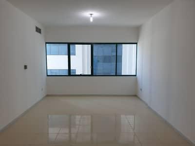 فلیٹ 2 غرفة نوم للايجار في شارع النجدة، أبوظبي - شقة في شارع النجدة 2 غرف 58000 درهم - 4493727