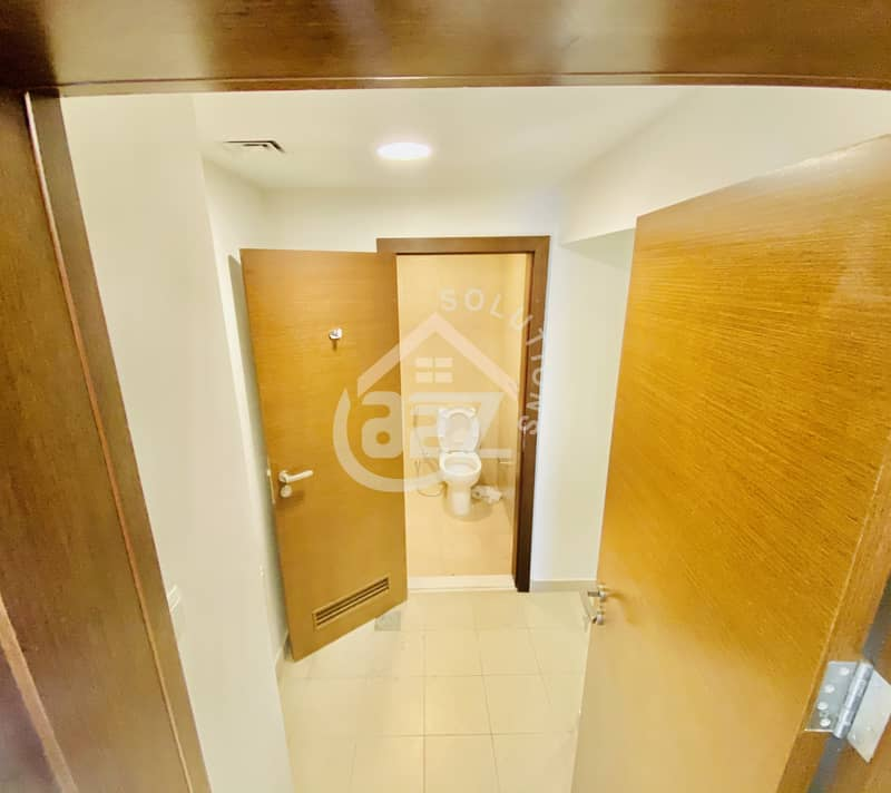 13 HOT DEAL ! 3 Bed Room Flat in Gate Tower with Maid room and Sea view