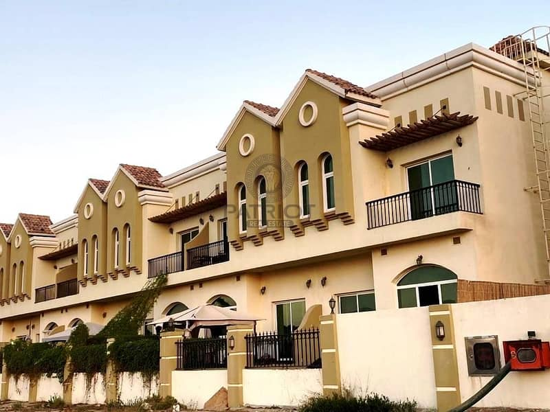 Beautiful (Unfurnished) 3 Bedrooms Townhouse in Sahara Meadows