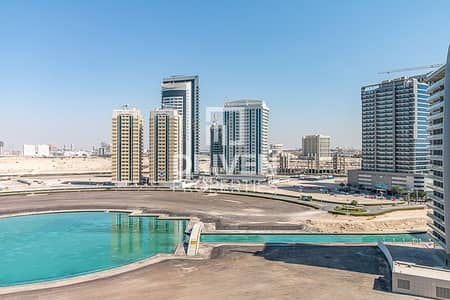 1 Bedroom Flat for Sale in Dubai Sports City, Dubai - High Quality and Welcoming | Canal Views