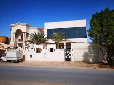 5 Bedroom Villa for Sale in Al Rawda, Ajman - New age villa for sale in Al Rawda 1, spacious area and great location .