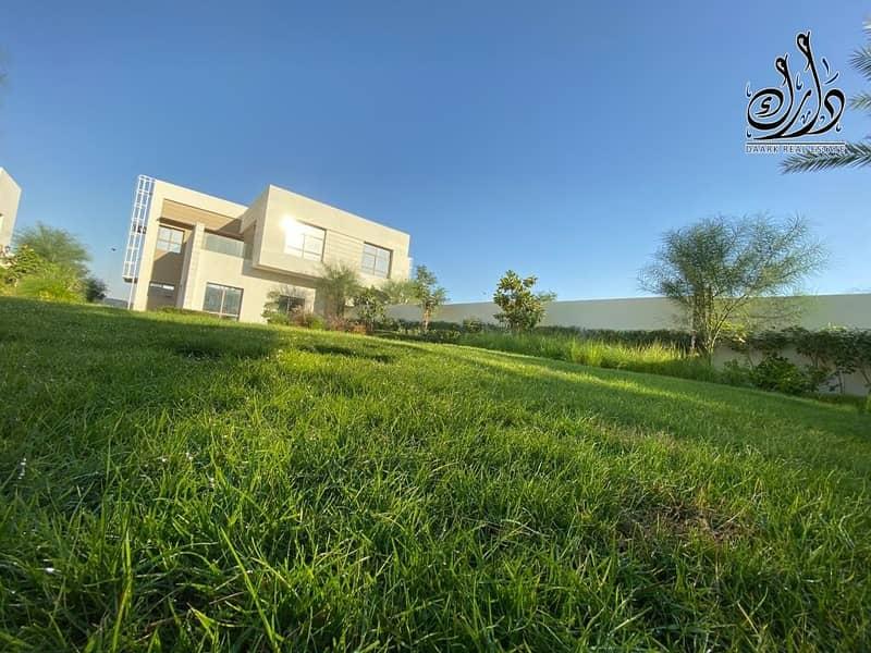 2 elegant 5 bedroom Villa in Sharjah