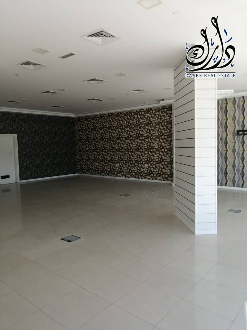 2 shop spacious area