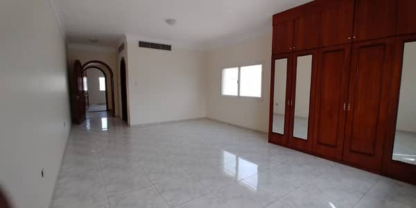 Grand Offer 05BHK Newly Renovated With Facilities