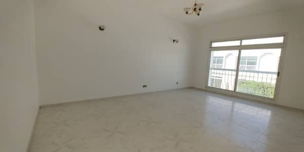 3 Bedroom Villa for Rent in Umm Suqeim, Dubai - best 03 bhk close to union0 al wasal road