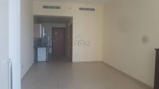 Studio for Rent in Dubai Silicon Oasis, Dubai - Stunning Studio for Rent @ 30k in Palace Tower T2