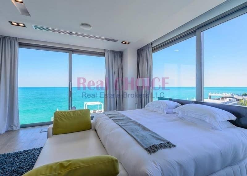 Unparalleled Water Edge Luxury Living|4BR Villa