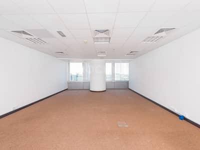 مکتب  للايجار في أبراج بحيرات الجميرا، دبي - Semi-Fitted   Office   Straight Layout   Low Floor