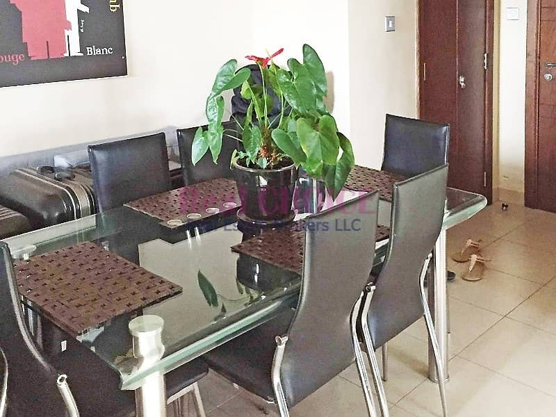 2 Corner 1BR Apartment With Premium Layout