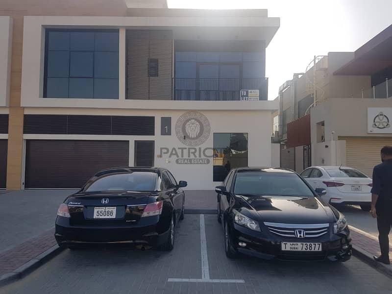 Amazing  Contemporary 5BR Villa in Al Barsha 3 for Rent
