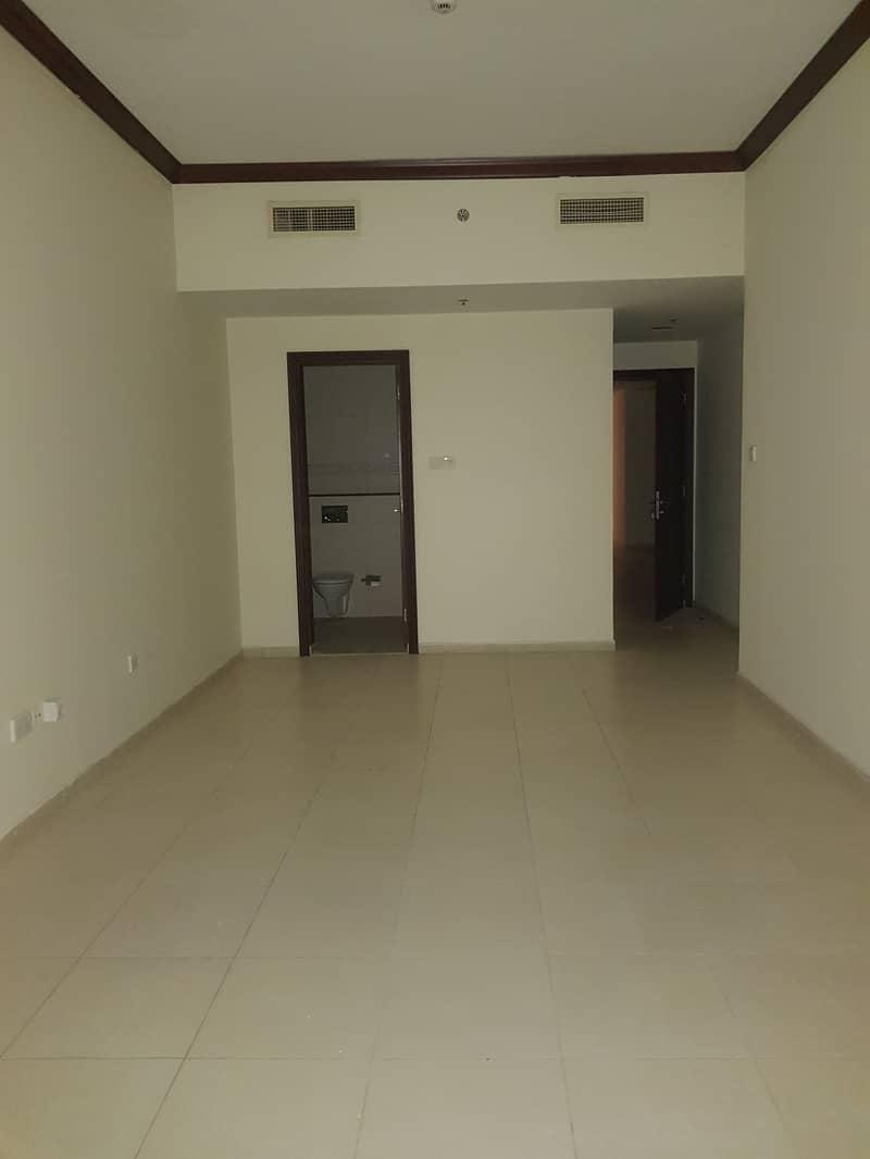 شقة في النهدة 1 النهدة 2 غرف 55000 درهم - 4495738