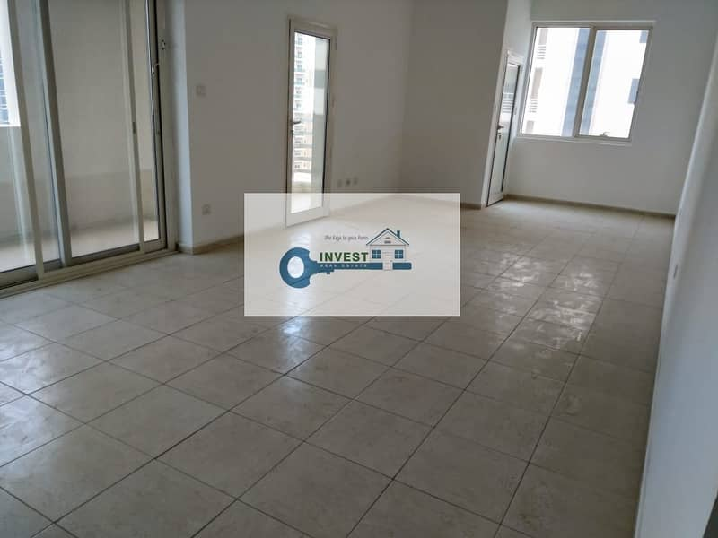 CHILLER FREE SPACIOUS APARTMENT SEPARATE LAUNDRY SPACE  READY TO MOVE IN