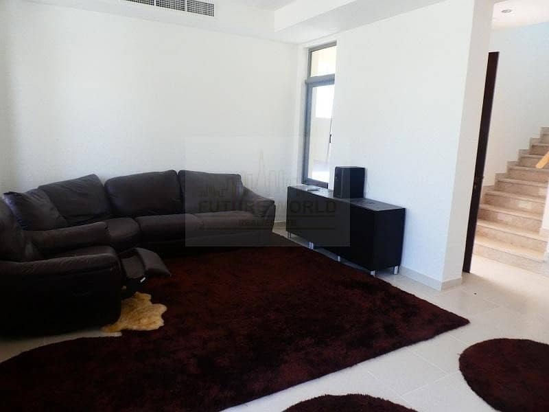 2 Hot Deal- Spacious 3 Bedrooms Villa+Maid