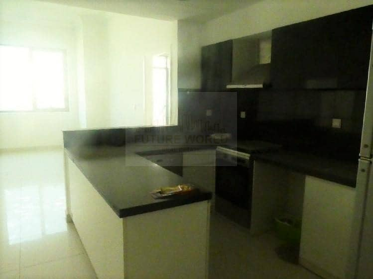 2 Great Offer   Stunning 2 BR   Executive Bay  
