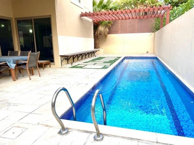 2 Exclusive! Genuine! Corner 4 bed (A) villa + pool