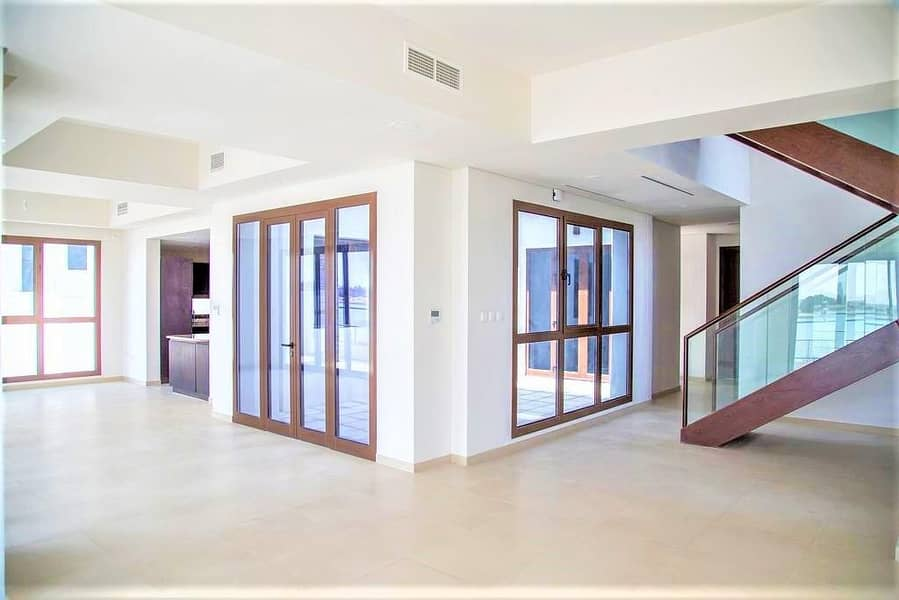 2 Grand Luxury 3 BR Villa with Maids Room in Al Reem Island