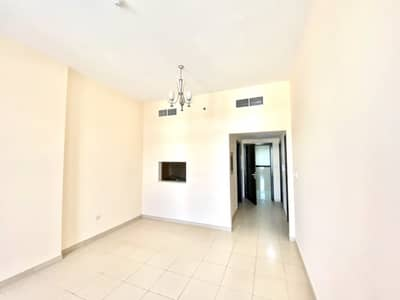 One bedroom with balcony for sale in Silicon Gate-4