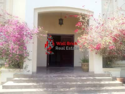 فیلا 4 غرف نوم للايجار في البرشاء، دبي - Period Beauty and Modern Living Home with Garden Views