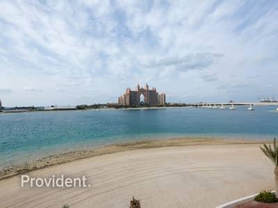 فیلا 6 غرف نوم للبيع في نخلة جميرا، دبي - Tip Villa with Private Beach and Atlantis View