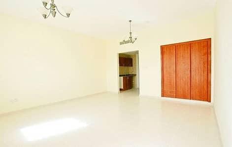 استوديو  للايجار في المدينة العالمية، دبي - شقة في الحي البريطاني المدينة العالمية 20000 درهم - 4496834