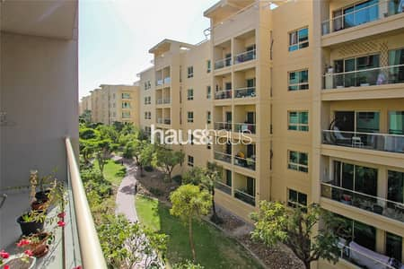 2 Bedroom Flat for Rent in The Greens, Dubai - Corner Apartment | Green Views | 4 Cheques