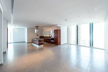 فلیٹ 2 غرفة نوم للايجار في شارع الشيخ زايد، دبي - High Floor   Balcony   Stunning View   Near Metro