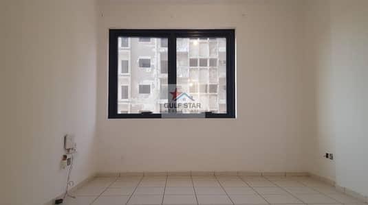 فلیٹ 1 غرفة نوم للايجار في شارع النجدة، أبوظبي - Affordable 1 Bedroom Apartment