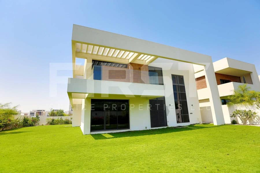 15 Newly Reduced Price!Luxurious Villa in Yas!