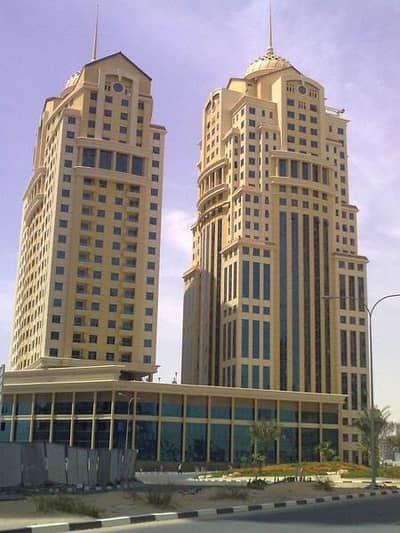 2 Bedroom Apartment for Sale in Dubai Silicon Oasis, Dubai - Well Maintained 2 Bedroom| Pool View|Vacant| Palace Tower 2