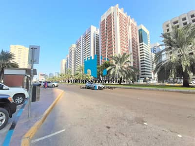 Shop for Rent in Electra Street, Abu Dhabi - Prime Pop Up Shop in the City of Abu Dhabi | 2