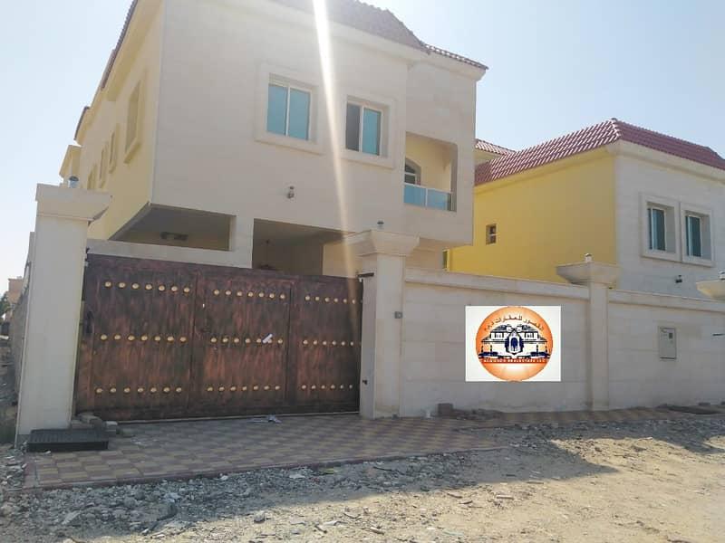 Villa for sale, destination, second stone, piece of street, super finishing, great location