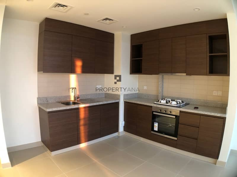 2 Brand new 1 BR | 1 Parking | Easy Access