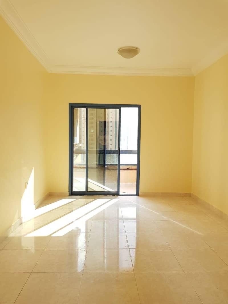 شقة في النهدة 1 غرف 25000 درهم - 4498159