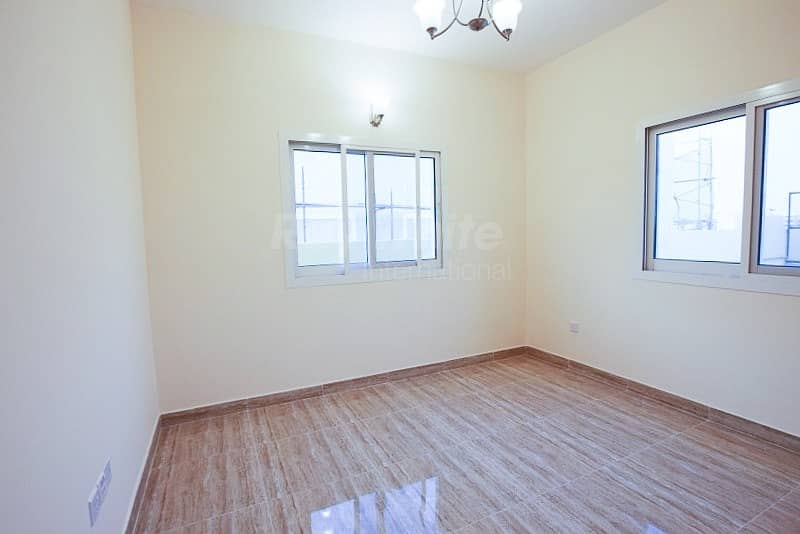 Huge Brand New 5 BR with Parking and Balcony