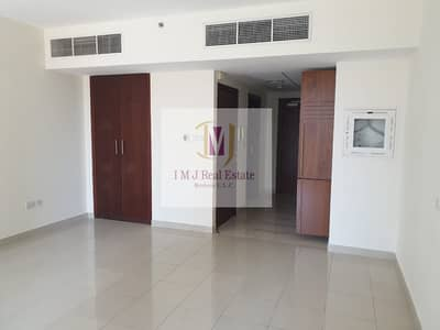 Studio for Rent in Downtown Dubai, Dubai - Spacious Studio Apartment in BD Standpoint